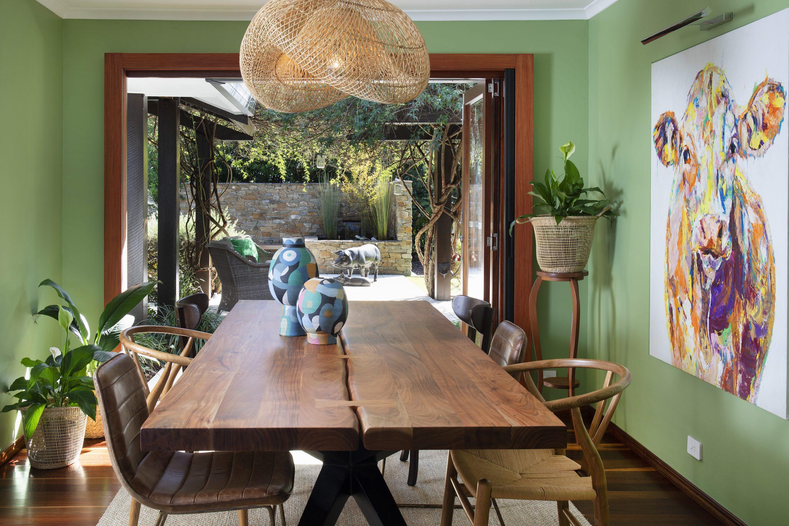 https://www.ivyandfinch.com.au/wp-content/uploads/2016/05/Interior-Design-Brookfield-Dining-Room-1-scaled.jpg