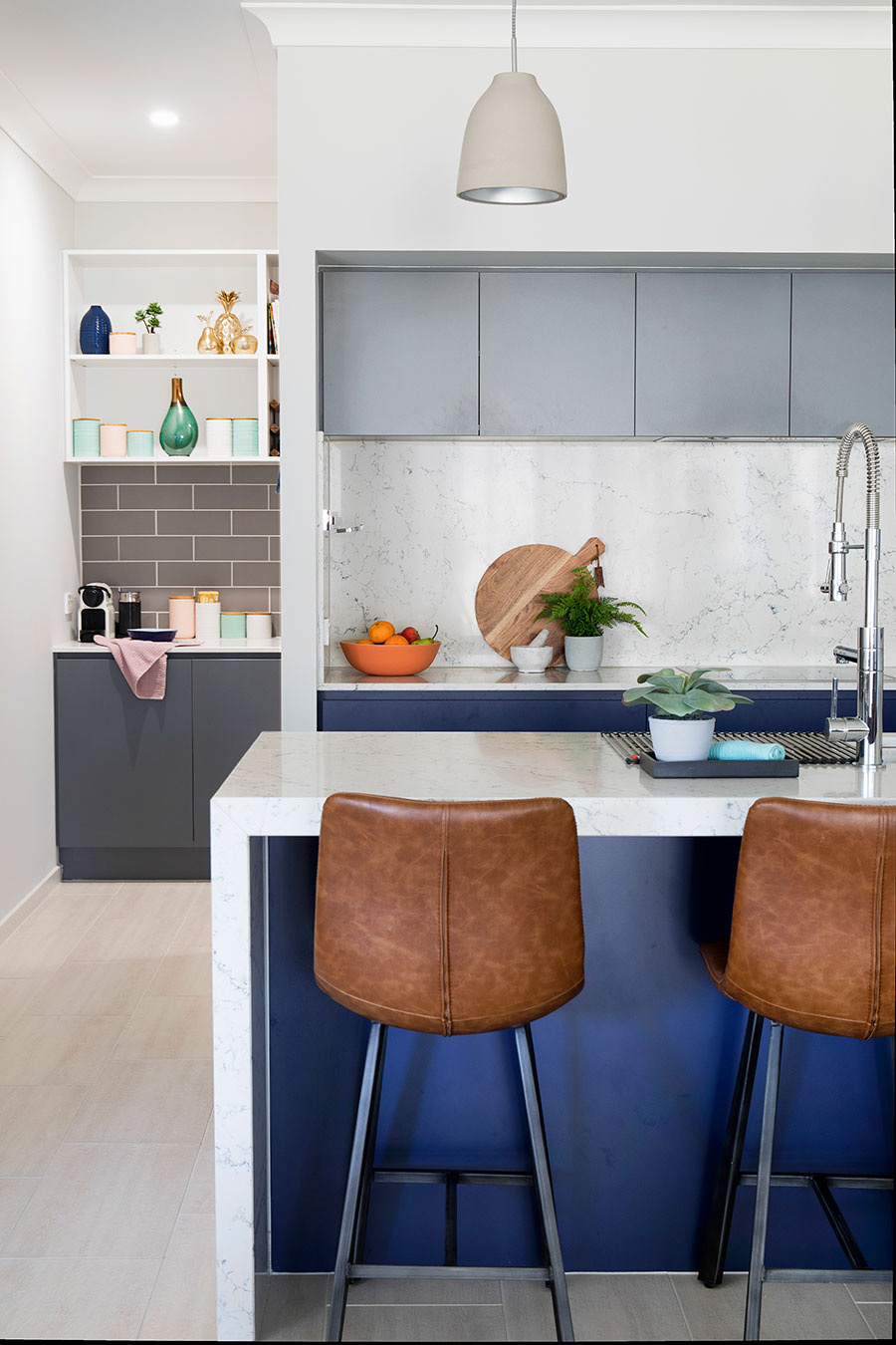 https://www.ivyandfinch.com.au/wp-content/uploads/2021/01/Interior-Design-Redland-Bay-Kitchen-Design.jpg