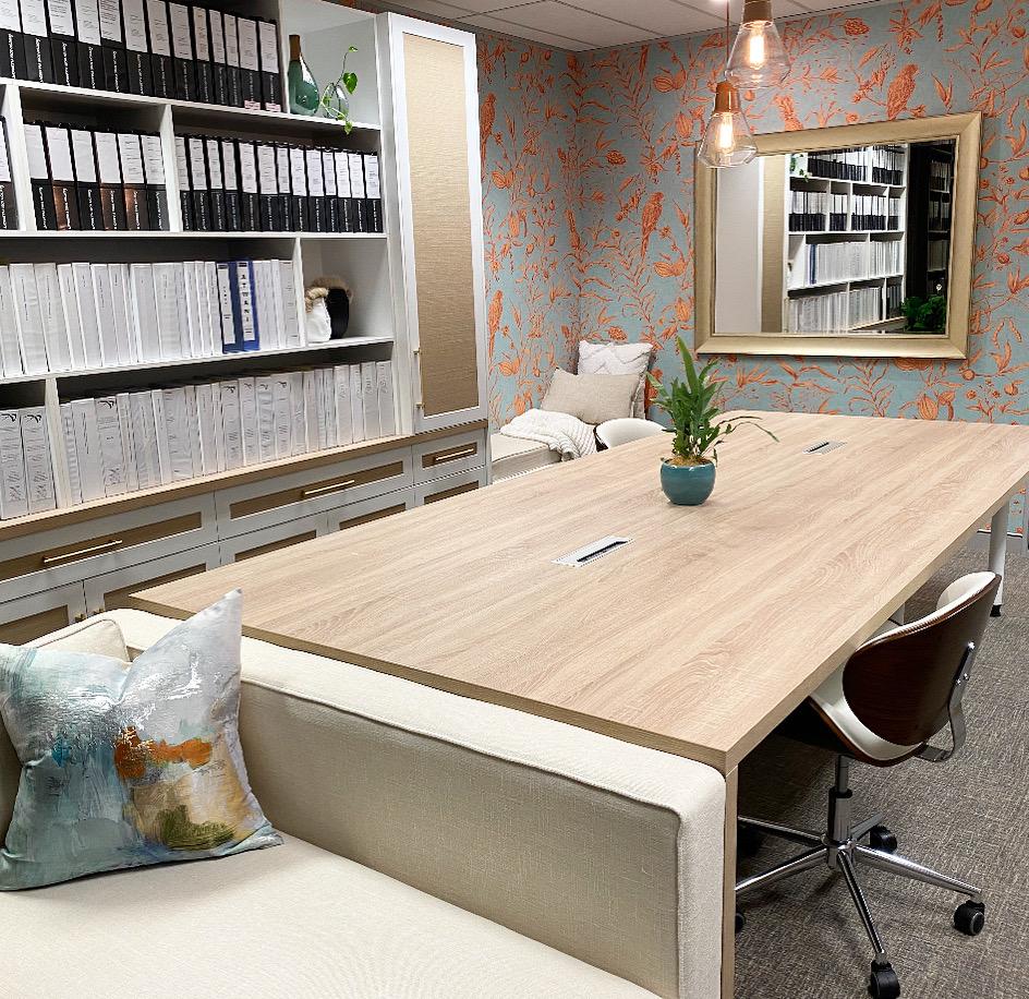 https://www.ivyandfinch.com.au/wp-content/uploads/2021/02/Commercial-Interior-Design-Brisbane-City-Office.jpeg