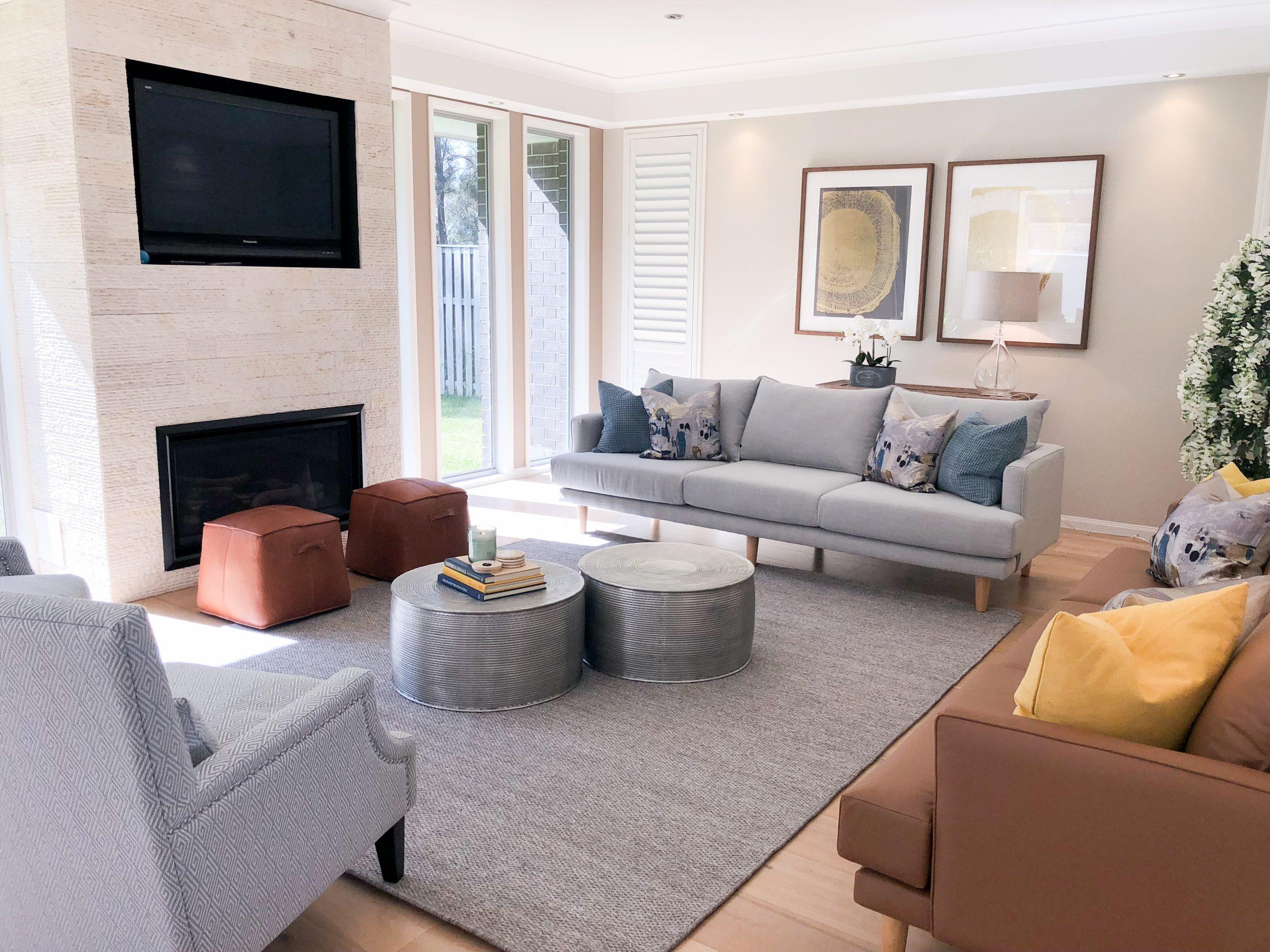 https://www.ivyandfinch.com.au/wp-content/uploads/2021/02/Interior-Design-Hope-Island-Lounge-Room-scaled.jpg