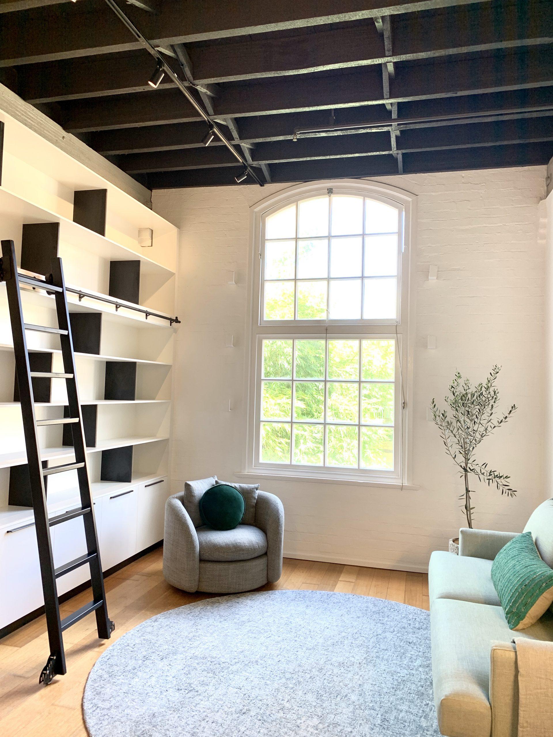 https://www.ivyandfinch.com.au/wp-content/uploads/2021/02/Interior-Design-Teneriffe-Apartment-Renovation-scaled.jpg