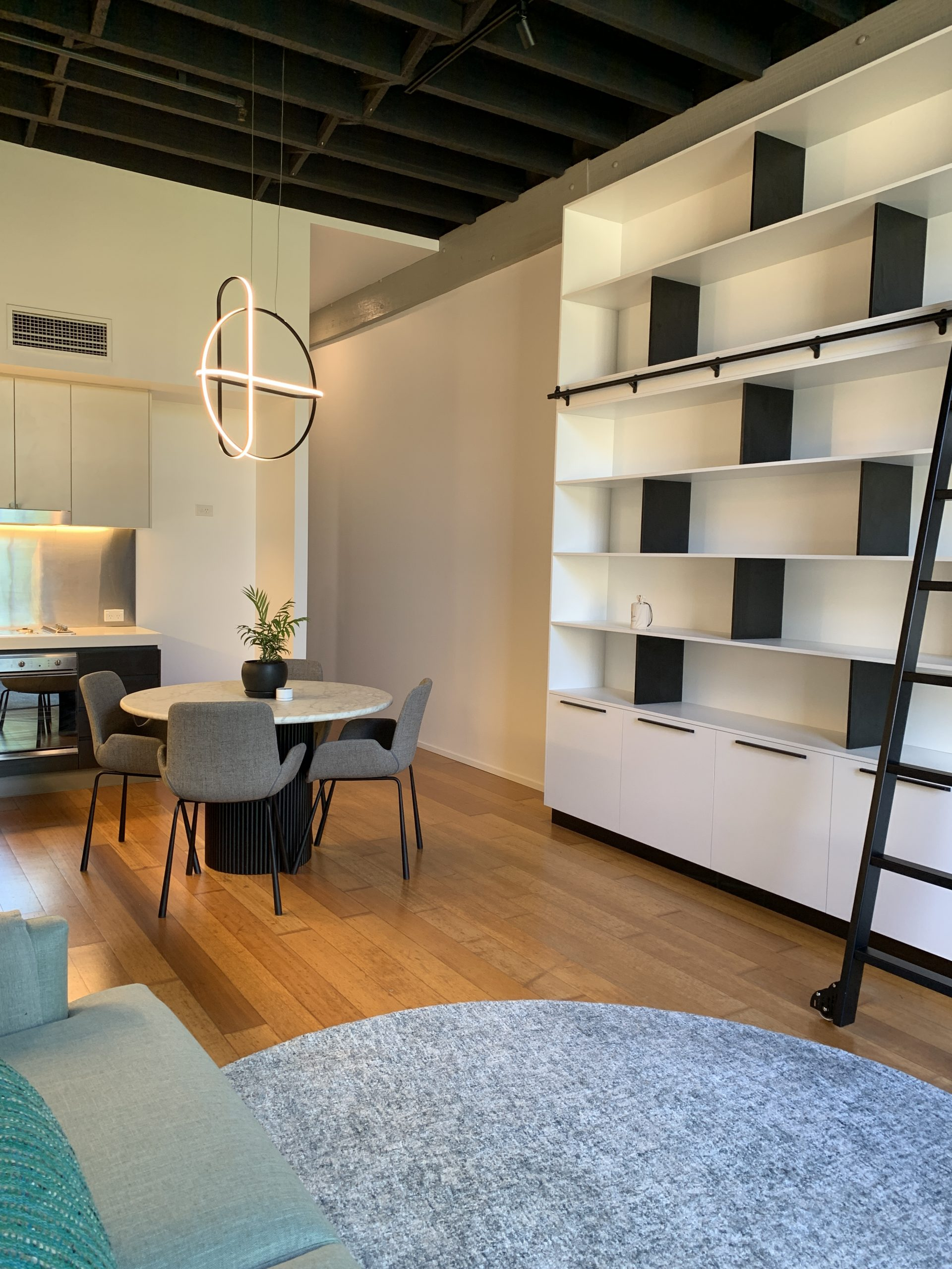 https://www.ivyandfinch.com.au/wp-content/uploads/2021/02/Interior-Design-Teneriffe-Lounge-Room-scaled.jpg