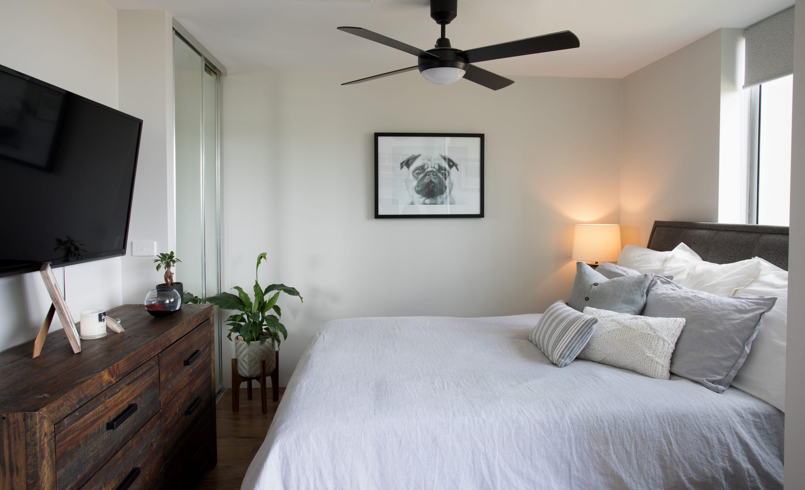 https://www.ivyandfinch.com.au/wp-content/uploads/2021/02/Roma-Street-Parklands-Interior-Design-Guest-Room-scaled.jpg