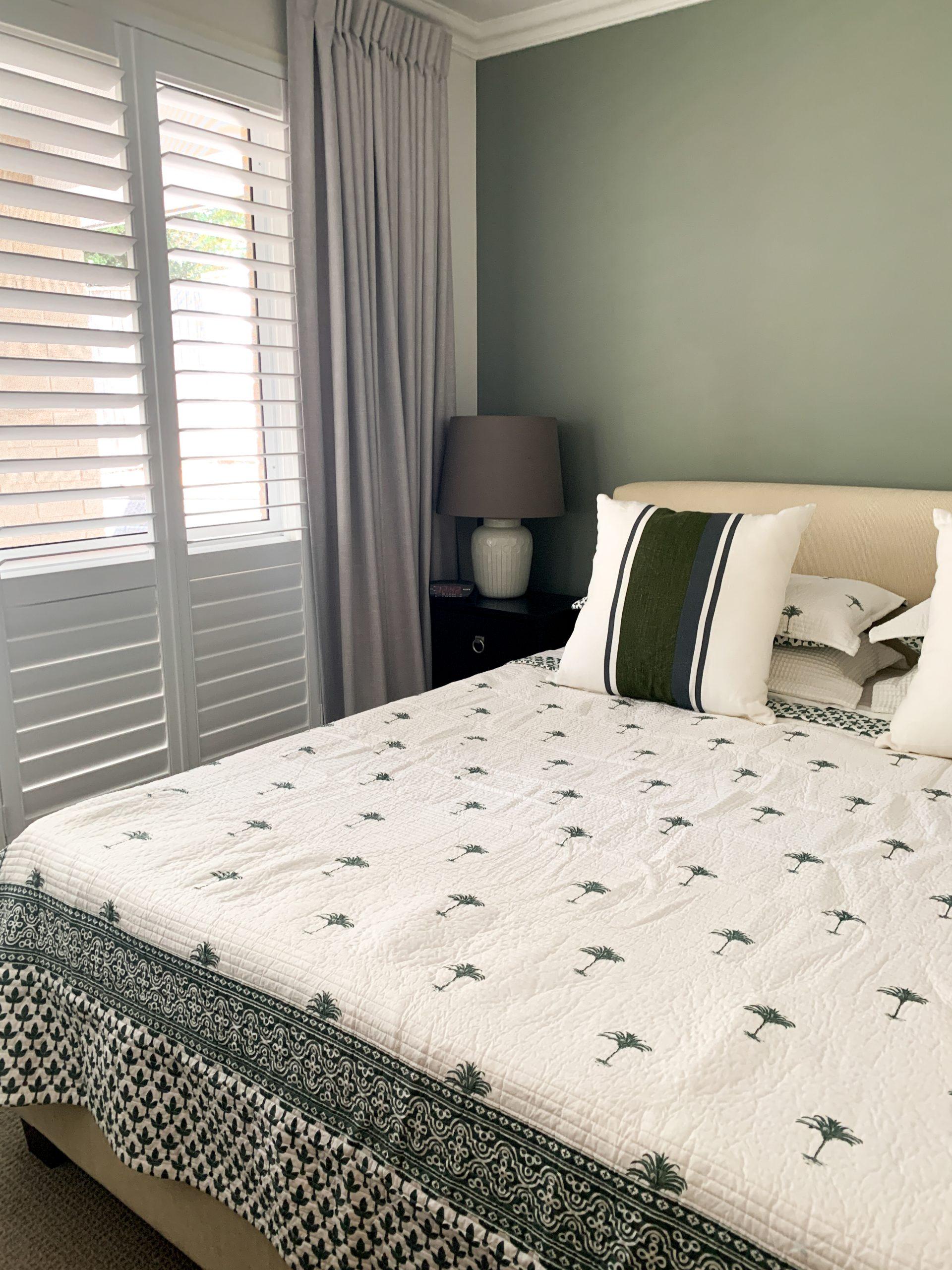 https://www.ivyandfinch.com.au/wp-content/uploads/2021/02/The-Gap-Interior-Design-Master-Bedroom-scaled.jpg